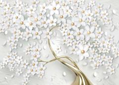 Białe kwiaty na złotym drzewie
